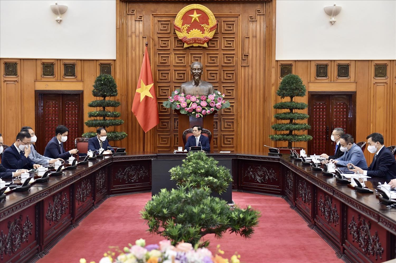 Thủ tướng Phạm Minh Chính mong phía Hàn Quốc tiếp tục hợp tác, hỗ trợ Việt Nam trong công tác phòng chống dịch, nhất là về vaccine và thuốc chữa trị COVID-19, phát triển công nghiệp dược, nâng cao năng lực y tế - Ảnh: VGP/Nhật Bắc
