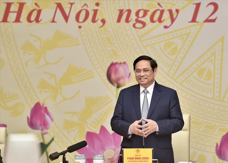 Thủ tướng bày tỏ cảm ơn, tri ân đội ngũ doanh nhân luôn đồng hành cùng đất nước với những nỗ lực, đóng góp quan trọng trong quá trình xây dựng và phát triển đất nước, góp phần thực hiện khát vọng xây dựng đất nước hùng cường và thịnh vượng. Ảnh: VGP/Nhật Bắc