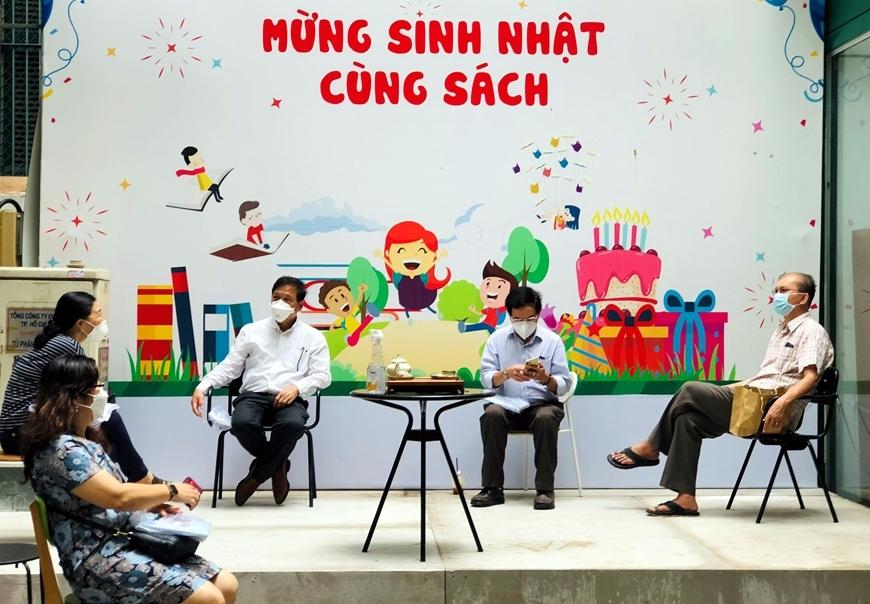 """Hoạt động """"Mừng sinh nhật cùng sách"""" tại sân khấu trung tâm của Đường sách TP Hồ Chí Minh"""