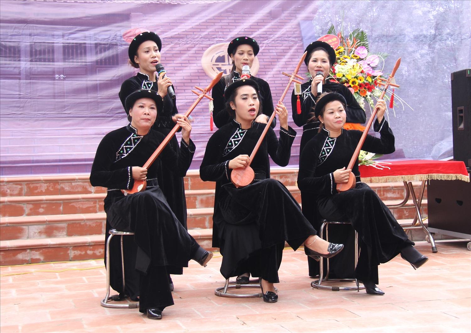 Then văn nghệ ngày càng có sức sống trong đời sống tinh thần của đồng bào Tày- Nùng tỉnh Bắc Giang