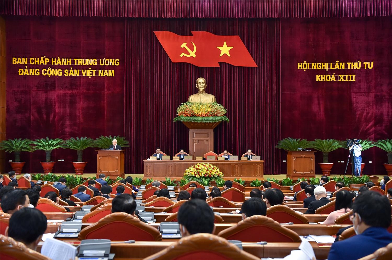Ngày 6/10, Hội nghị lần thứ tư Ban Chấp hành Trung ương Đảng khoá XIII bước vào ngày làm việc thứ 3