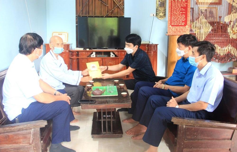 Đội ngũ Người có uy tín trên địa bàn huyện Cẩm Thủy phấn khởi khi nhận được sự quan tâm Ban Dân vận Tỉnh ủy Thanh Hóa