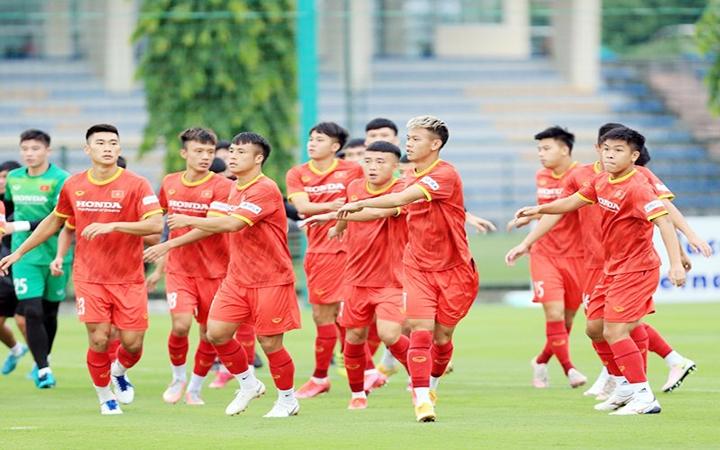 Đội tuyển U22 Việt Nam tập luyện chuẩn bị cho vòng loại Giải bóng đá U23 châu Á 2022 tại Hà Nội. Ảnh: VFF